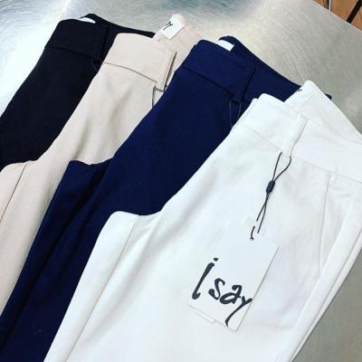 Vår bäst sålda chinos!! Nu i perfekt off-white 🙌🏼 @isay_dk